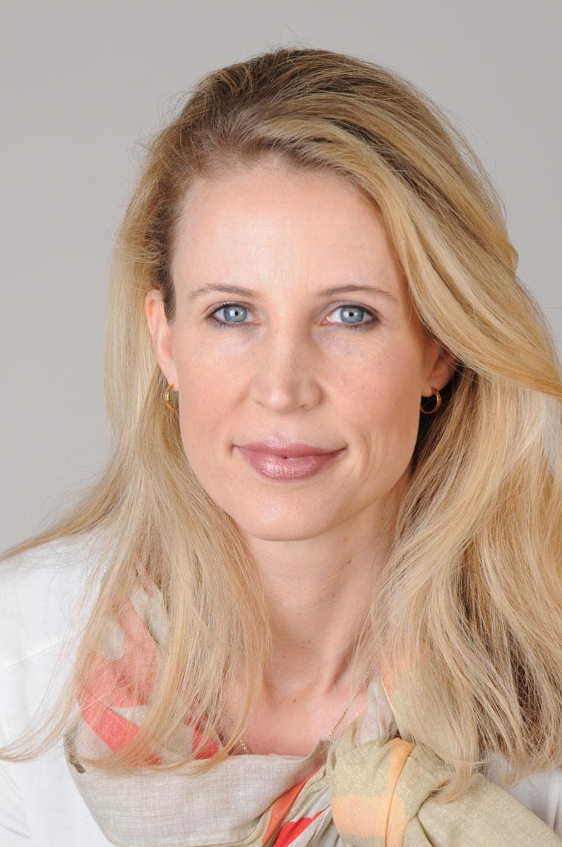 Fotografie-Marion-Mutschler-Portrait-Blonde-Frau-01