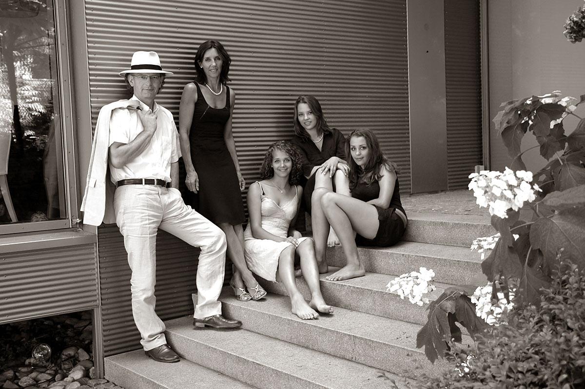 Fotografie-Marion-Mutschler-Portrait-Familie-draussen-01