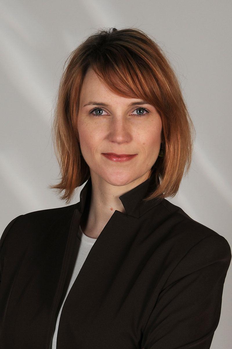 Fotografie-Marion-Mutschler-Portrait-Frau-jung-Business-01